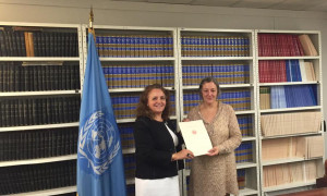 HE Ms. Isabelle Picco, Ambassador, Permanent Representative, wiith Ms Arancha Hinojal-Oyarbide, Legal Officer, Treaty Section of the Office of Legal Affairs of the United Nations © DR