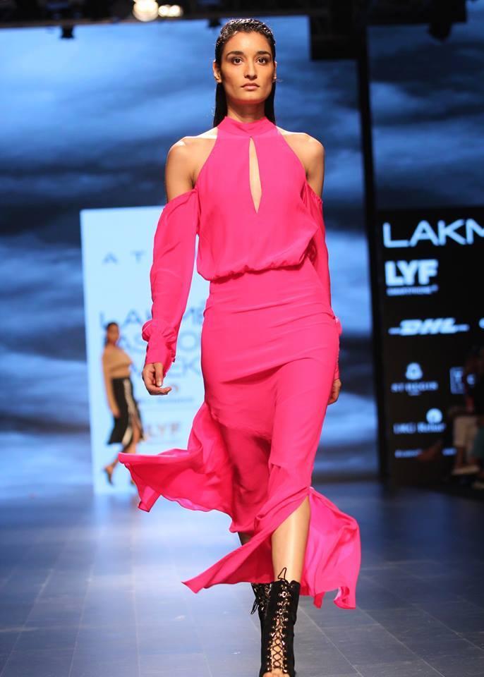 Pohto: Facebook Lakme Fashion Week