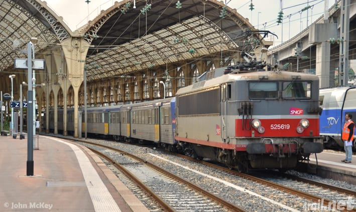 Class 25500 at Nice Ville, France;