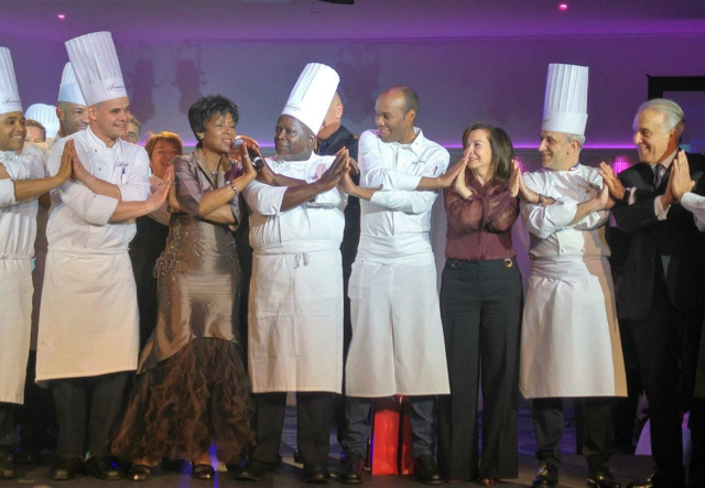 Award-winning chefs and members of the AIHM at the gala evening. ©DR