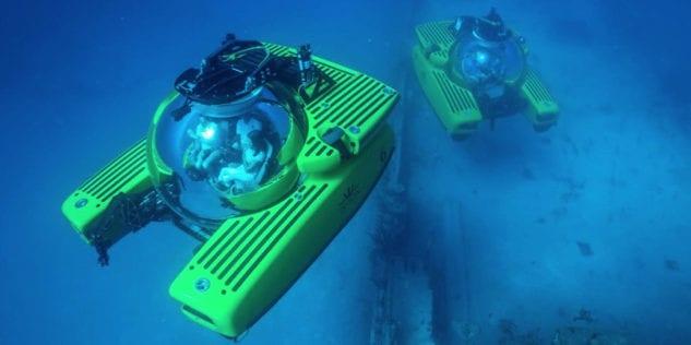 1702_Triton Submarines