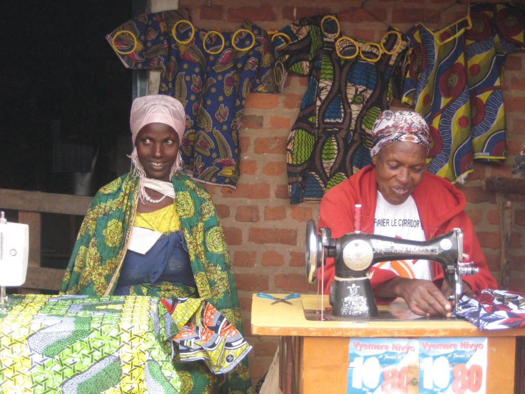 Sewing is an income-generating activity for women supported by the UNESCO project in Burundi Photo; © DR