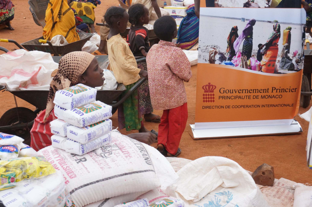 Food distribution in the Elleborr region of Kenya ©InterActions & Solidarity