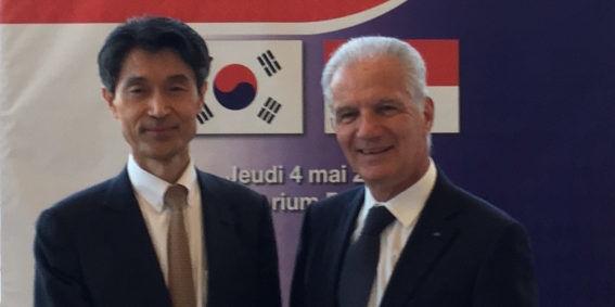 HE Chul-min Mo, Ambassador of the Republic of Korea to Monaco, with HE Claude Cottalorda, Ambassador Of the Principality of Monaco in France. Photo: DC