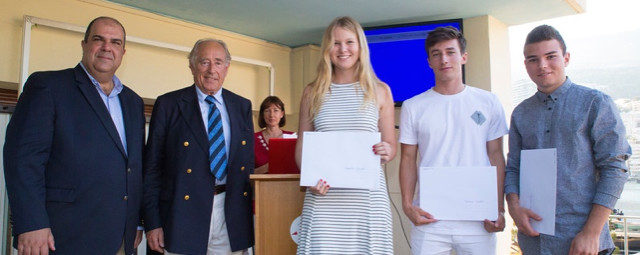 Isabella Nylund, Flavien Allemand and Dominic Webb ‎are the winners of the Design-a-Tie Competition and all won ballooning flights with the Aéronautes de Monaco