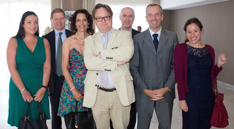 The British Consul, Mr Eric Blair, the President of BAM, Mrs Vanessa Ilsley and representatives of the British Embassy Paris. Photo: Atelier Mi