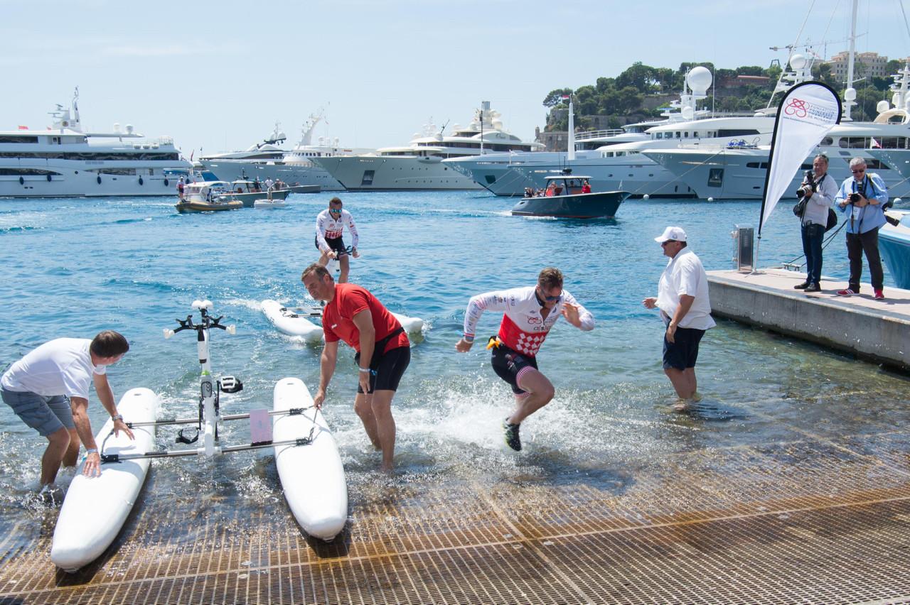 A fine finish for Fondation François-Xavier Mora, seconds ahead of Dan Luger and Team Monaco Police. Photo: Eric Mathon/Palais Princier