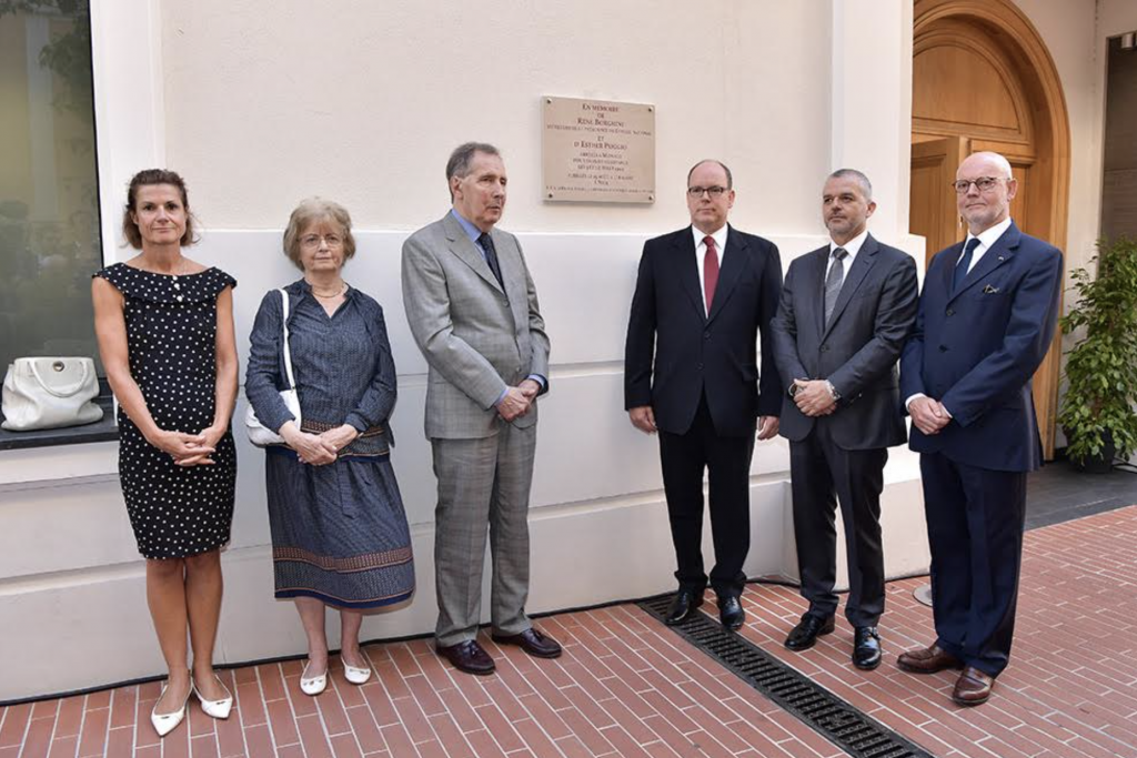 Surrounding HSH Prince Albert II (from L to R) - Marine de Carné-Trécesson, Ambassador of France, Michèle Bertola and Roland Borghini, Christophe Steiner, Président of the National Council and Serge Telle, Minister of the State. Photo: Direction de la Communication - Charly Gallo