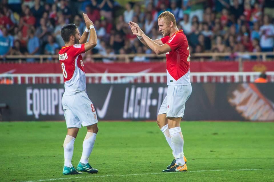 João Moutinho (L) scores with free kick Photo: Facebook AS Monaco