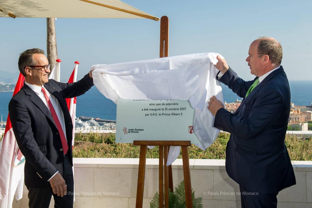 The Prince and Mayor Georges Marsan unveil the opening plaque of the new botanical centre. Photo: Facebook Palais Princier de Monaco