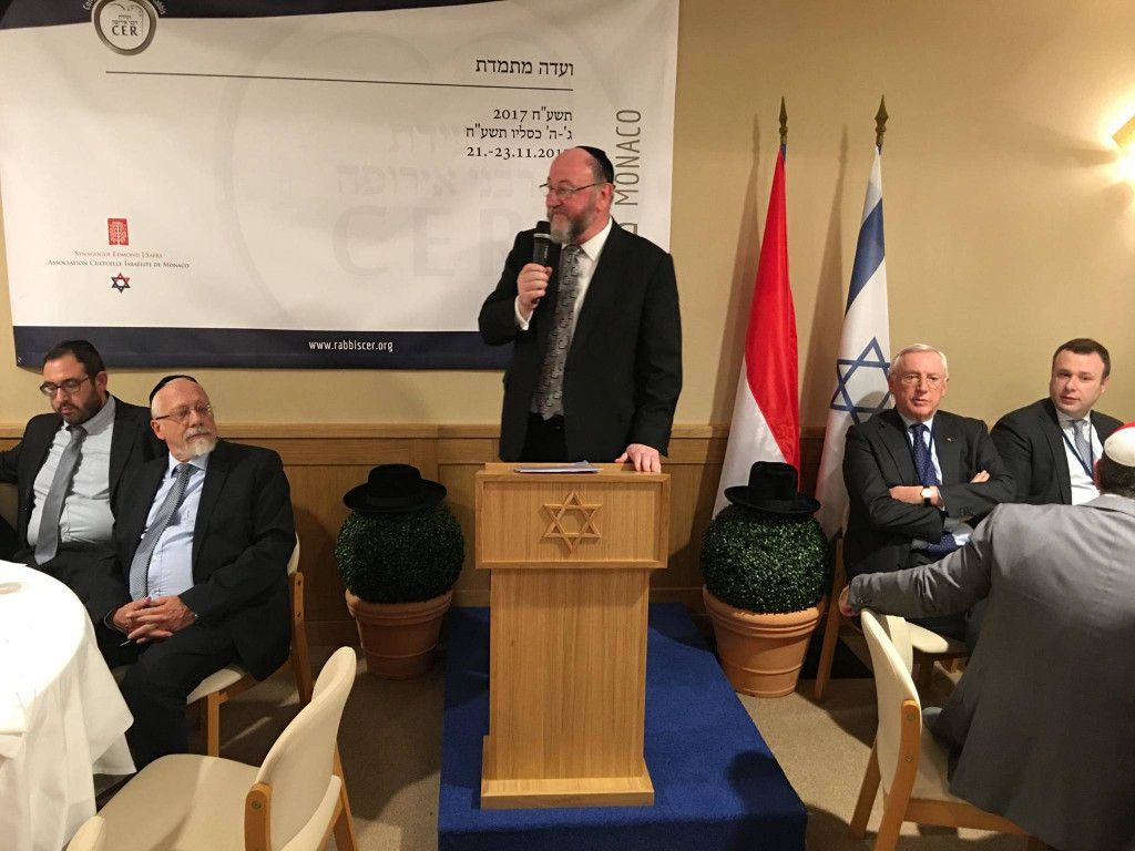 In Monte Carlo with the Steering Committee of the Conference of European Rabbis, the Chief Rabbi addressed the Monaco Jewish Community at a historic dinner. Photo: Facebook: Chief Rabbi Mirvis