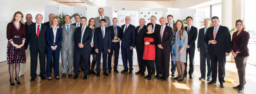 Prince Albert awards the 2018 Prince's Prize for Innovative Philanthropy to Douglas Woodring of Ocean For Recovery Alliance. Photo: PAF2