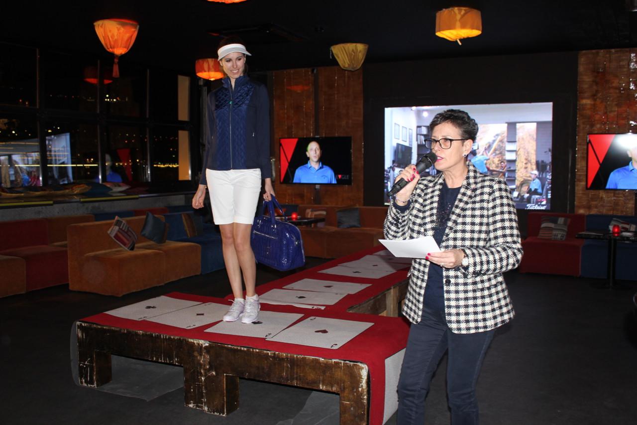 Alicia Sedgwick provides fashion show commentary. Photo: Monaco Life