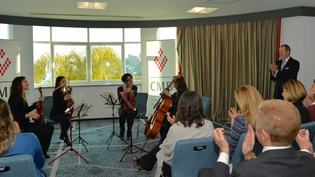 Quatuor playing to audience