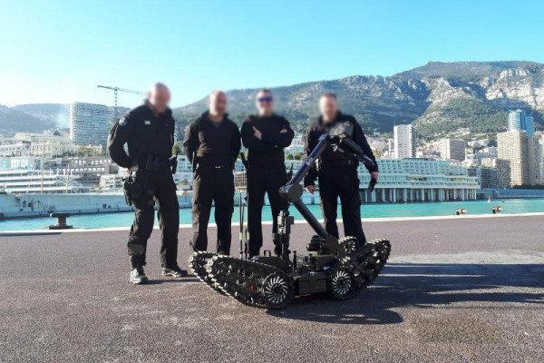 ECA robot