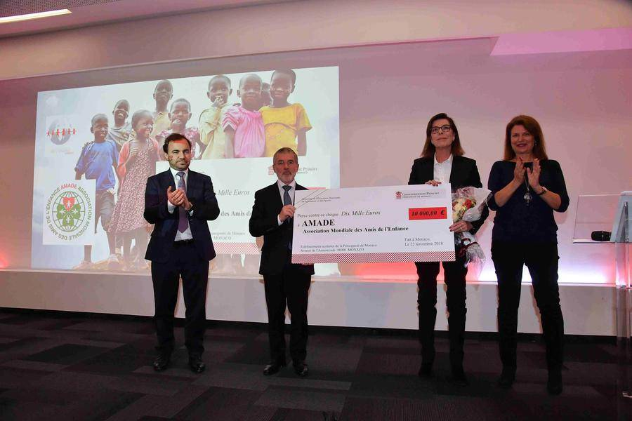 HRH the Princess of Hanover, Isabelle Bonnal, Director of National Education, Youth and Sports (right), Patrice Cellario, Government Counselor - Minister of the Interior and Jérôme Froissart, Secretary General of AMADE Mondiale (to the left). © Directorate of Communication / Michael Alesi
