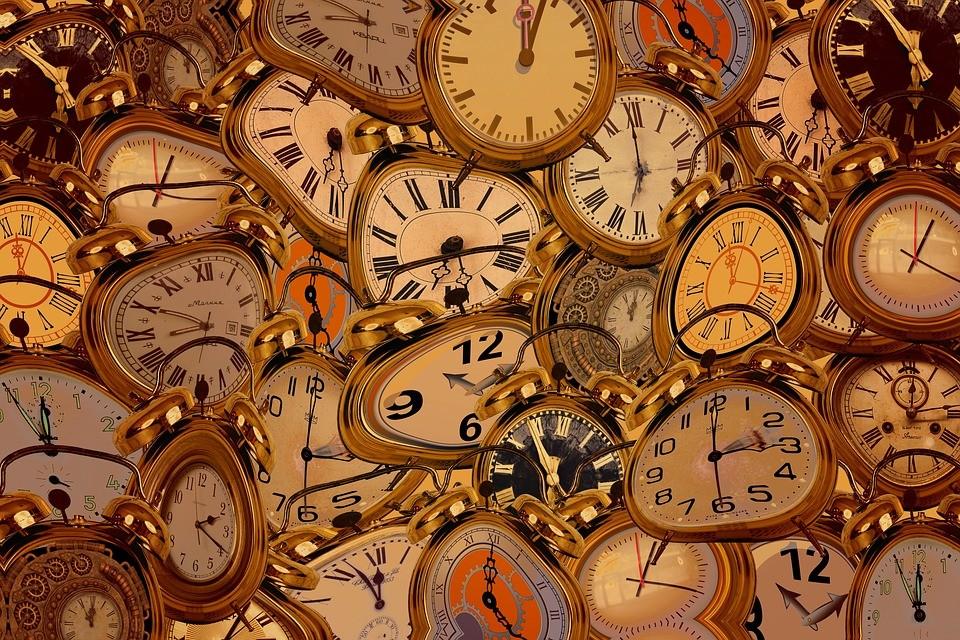 Dali clocks