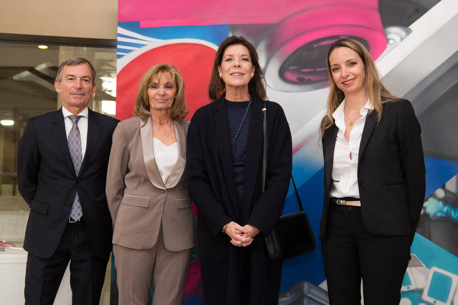 HRH the Princess of Hanover, surrounded by Didier Gamerdinger, Government Counselor - Minister of Social Affairs and Health, Monique Le Du, Director of IFSI and Benoîte de Sevelinges, Director of the Princess Grace Hospital Center. © Eric Mathon / Prince's Palace