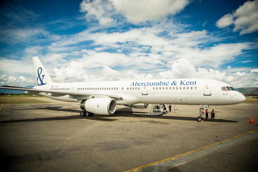 Abercrombie & Kent plane